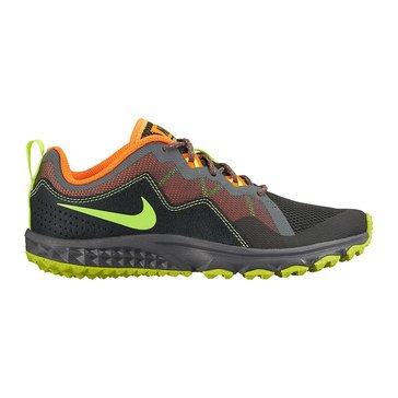 Nike Mak Boy's Running Shoe-Black/Volt