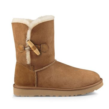 UGG Keely Women's Short Toggle Boot Chestnut
