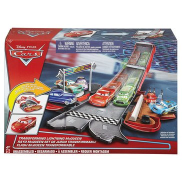 Disney Cars Transforming McQueen Set