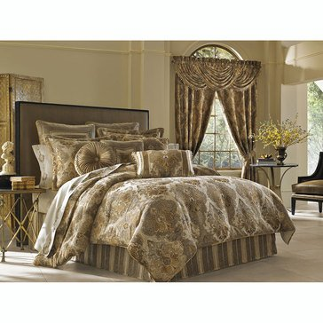 Bradshaw Gold Comforter Set - Queen