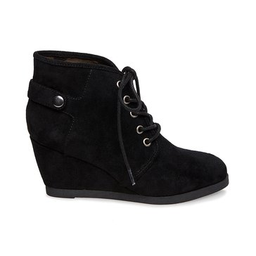 Madden Girl Dusky Women's Wedge Laceup Shoe Black Microsuede