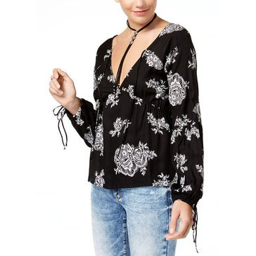 American Rag Long Sleeve Puff Print Criss-cross V-Neck  Woven Top in Classic Black