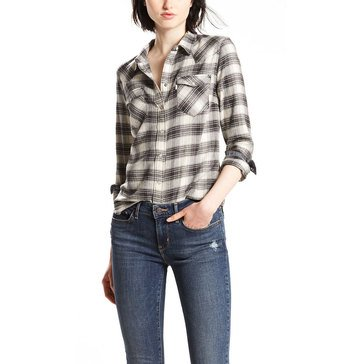 Levi's Women's Tailored Classic Western Plaid Woven Button Down Shirt in Oatmeal