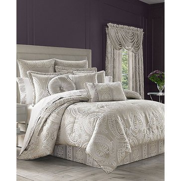 J Queen LeBlanc Silver Comforter Set - King