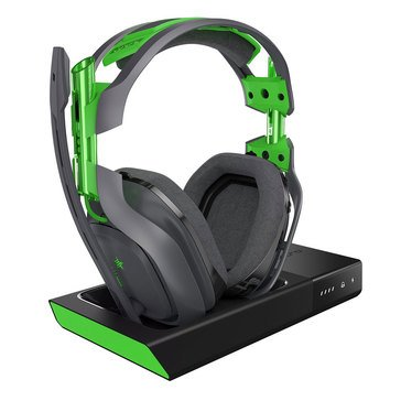 Astro A50 Xbox One/PC GEN3 Wireless Headset + Base Station Bundle, Green