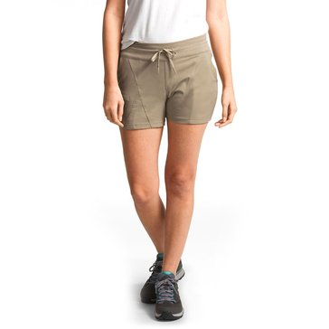 The North Face Women's Aphrodite 2.0 Shorts in Extended Sizes