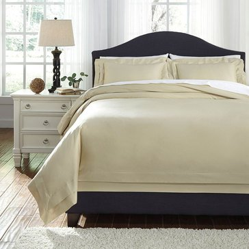 Signature Design By Ashley 3-Piece Chamness Duvet Cover Set