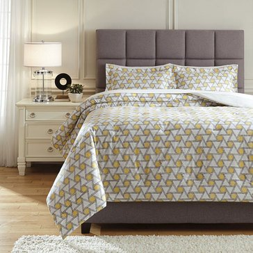 Signature Design By Ashley 3-Piece Clio Comforter Set