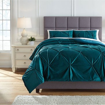 Signature Design By Ashley 3-Piece Meilyr Comforter Set