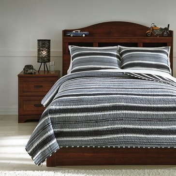 Signature Design By Ashley Merlin Coverlet Set