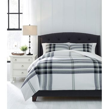 Signature Design By Ashley 3-Piece Stayner Comforter Set