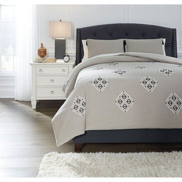Signature Design By Ashley Jawanza 3-Piece Comforter Set