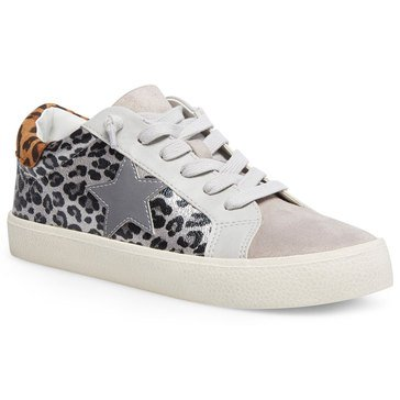 Madden Girl Women's Lark Sneaker With Star Design
