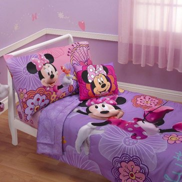Disney Minnie's Fluttery Friends Toddler Bedding Set