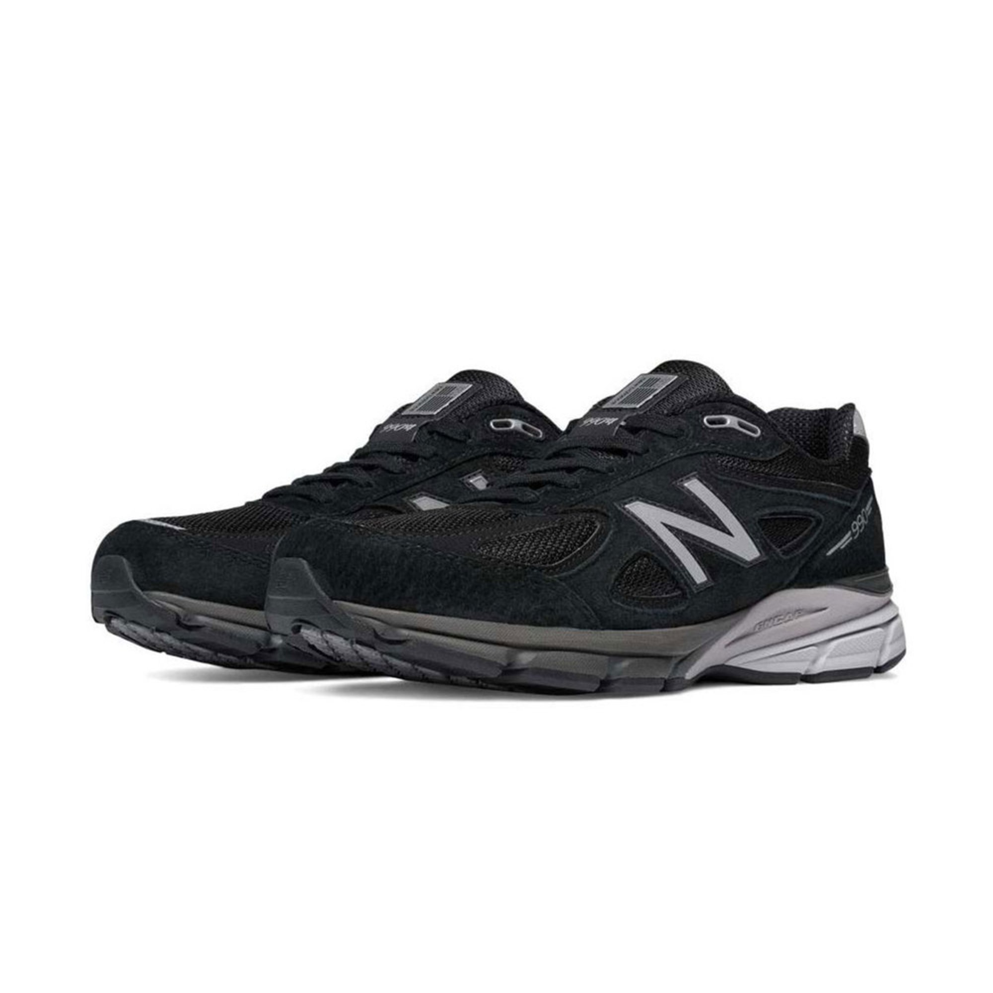 best service 8f395 fcc06 New Balance Men's 990v4 Running Shoe