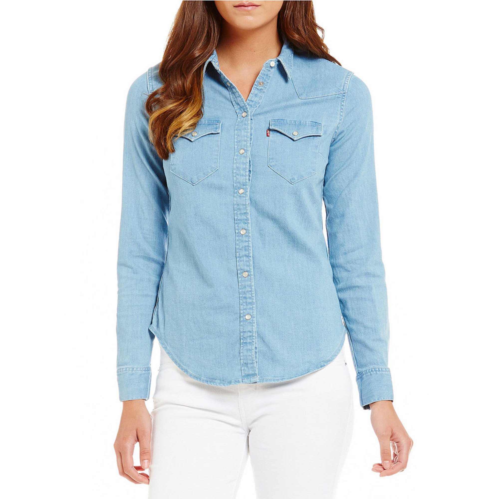 8a22526185 Levi s. Levi s Women s Tailored Classic Western Woven Button Down Shirt