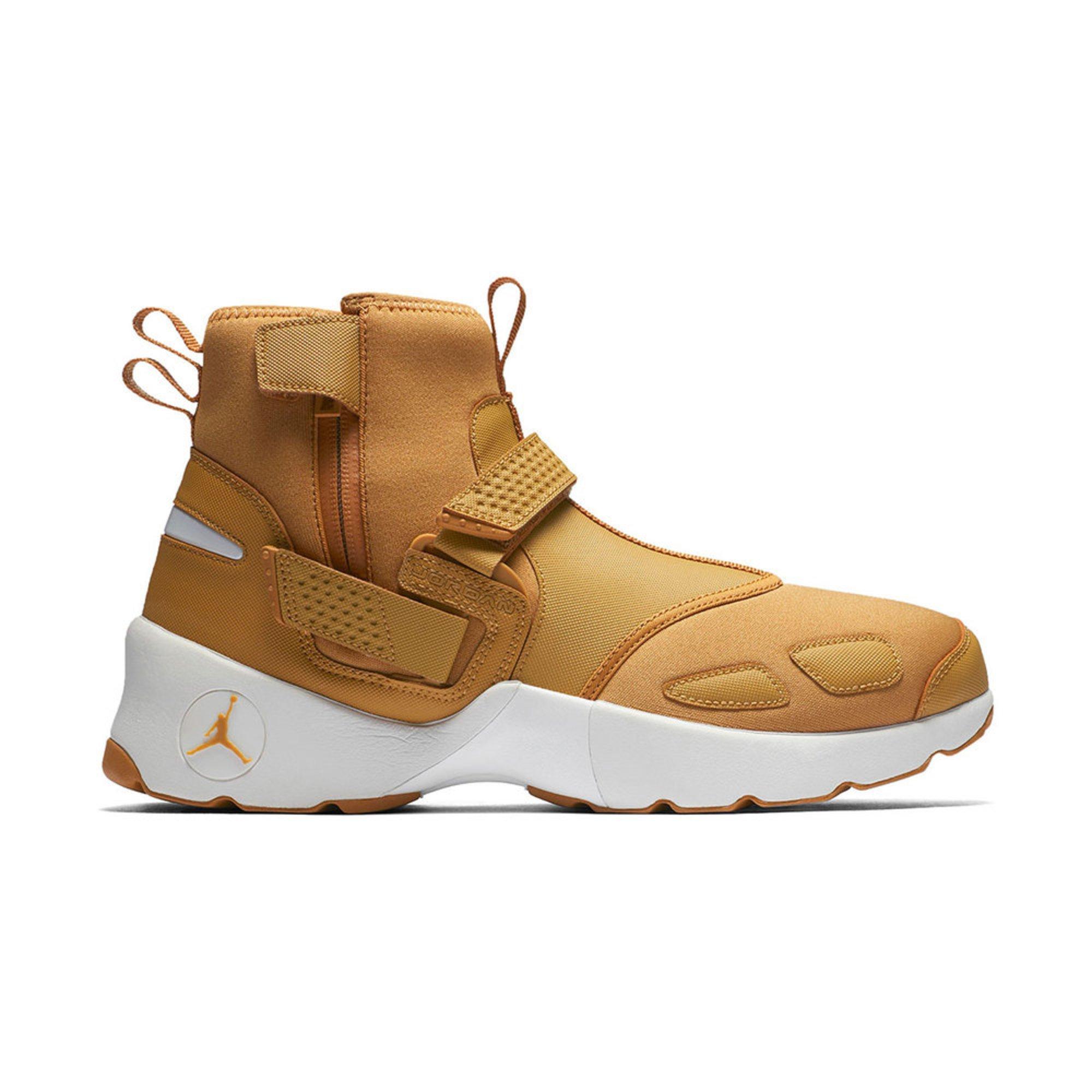 Jordan Trunner Lx High Men S Basketball Shoe Golden Harvest