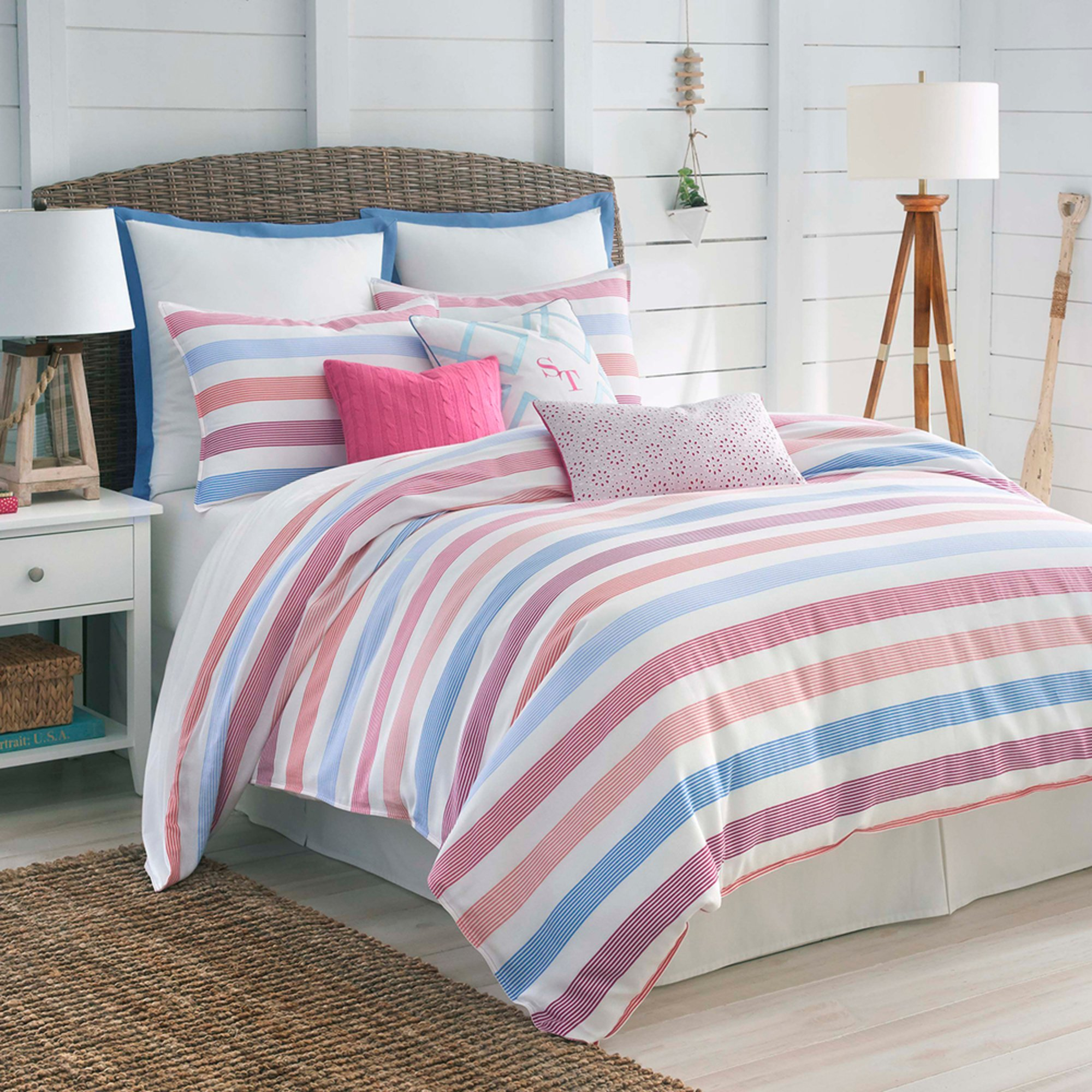 Southern tide long bay 4 piece comforter set full for Southern tide bedding
