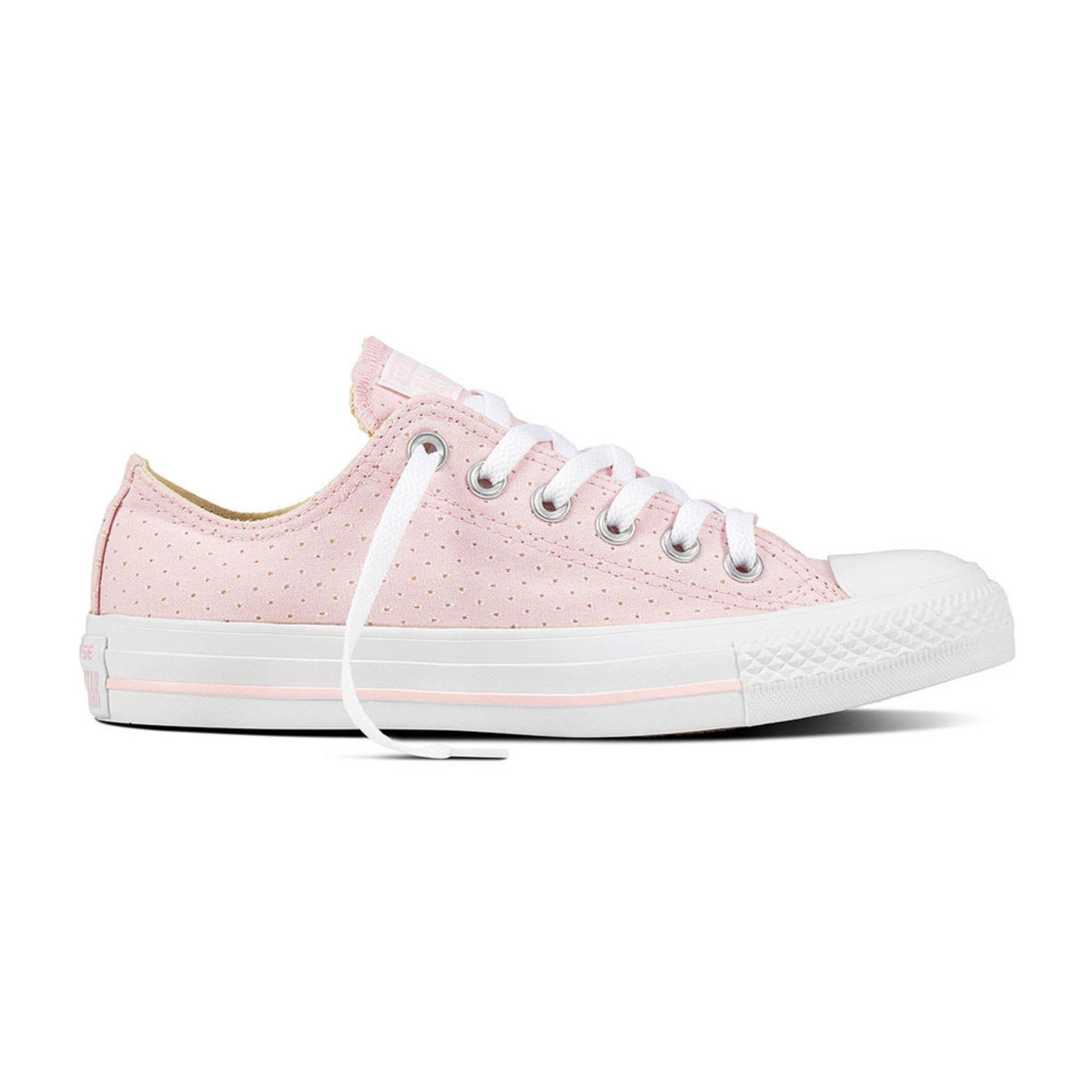 d3caedf426e0 Converse. Converse Women s Chuck Taylor All Star Sneaker