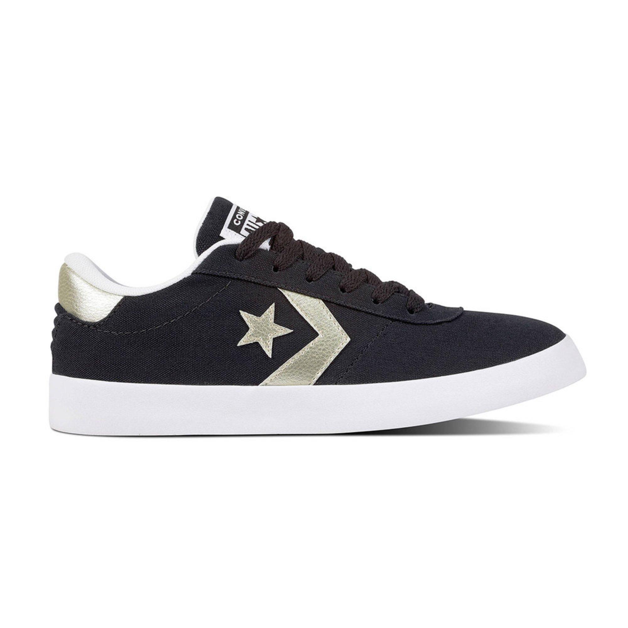 Converse Women s Point Star Low Top Sneaker  a7d7f9c64
