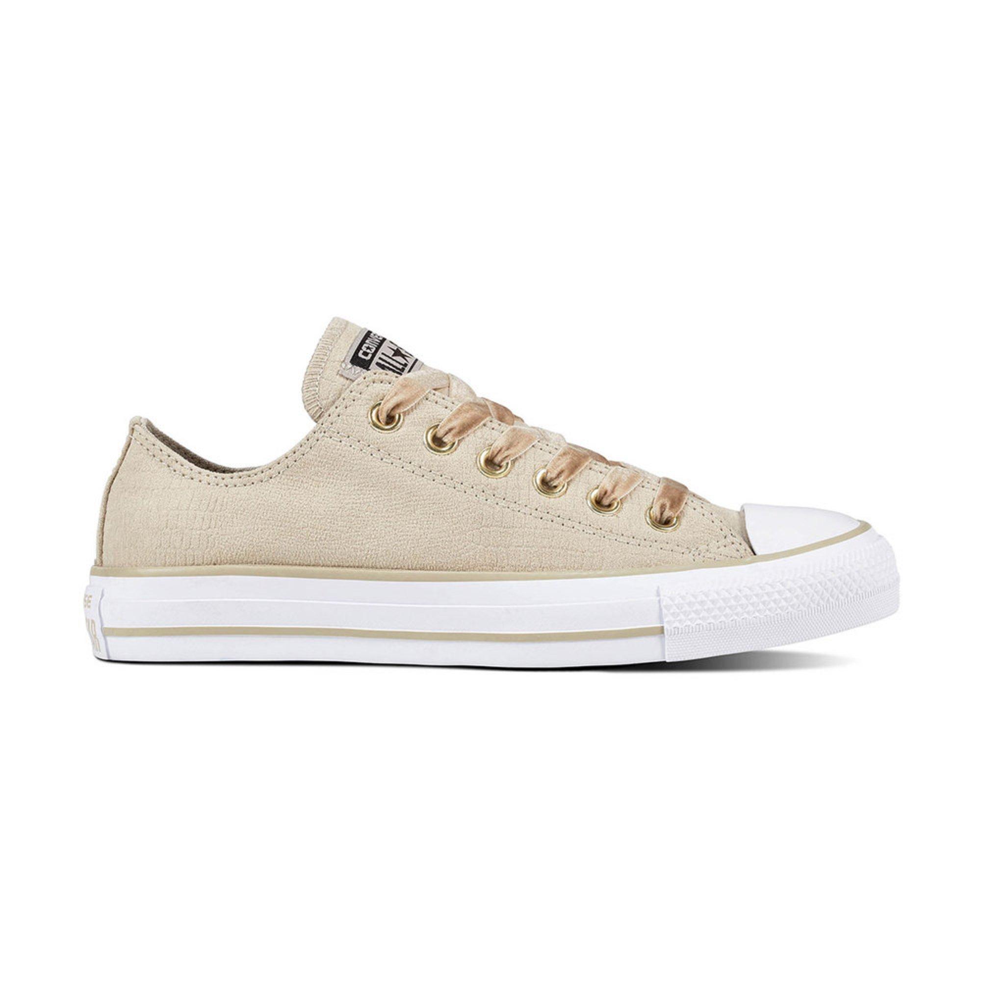 Converse. Converse Women s Chuck Taylor All Star Velvet Oxford Sneaker 74fedde2a