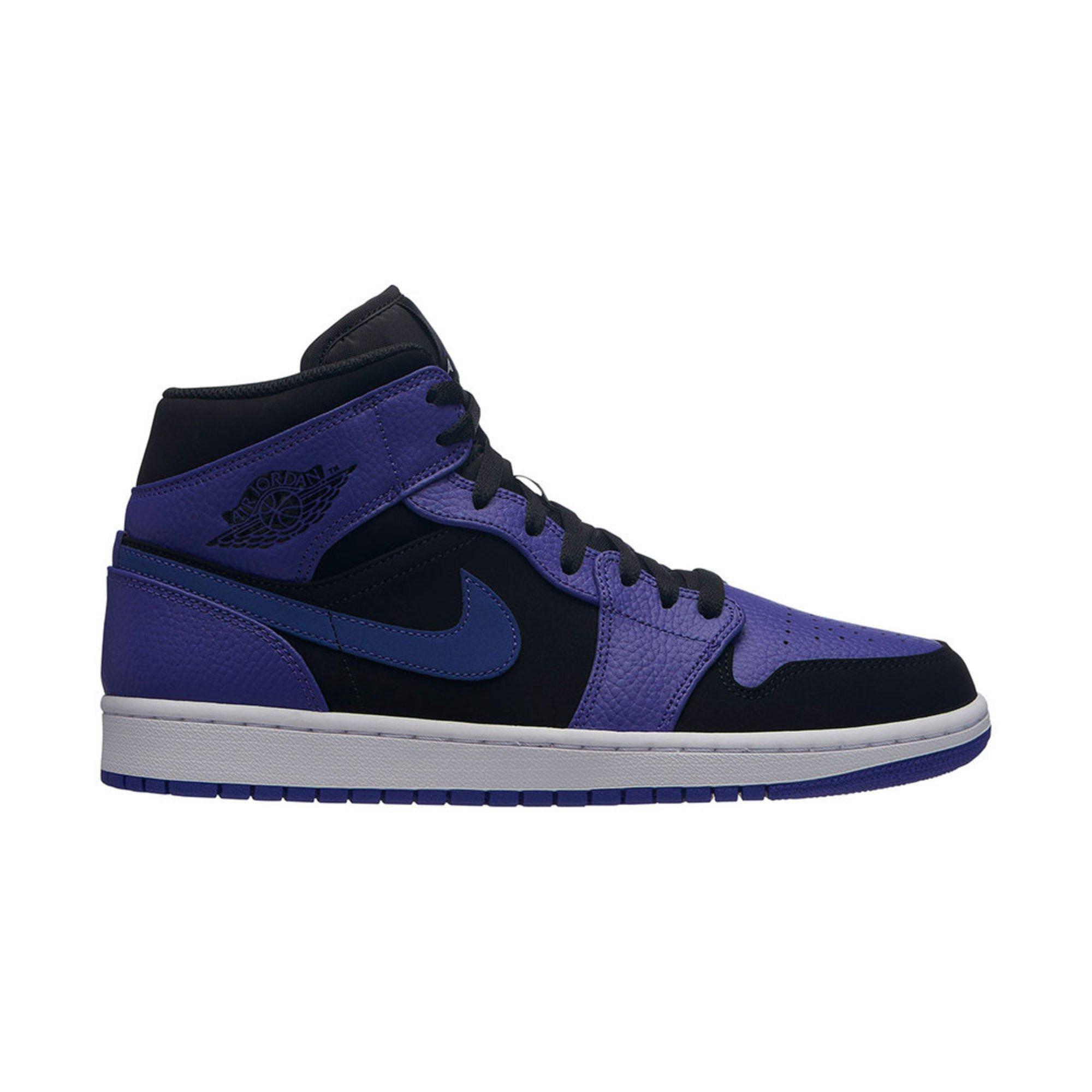 new arrival 8b24f afb54 Jordan. Jordan Men s Air Jordan 1 Mid Basketball Shoe