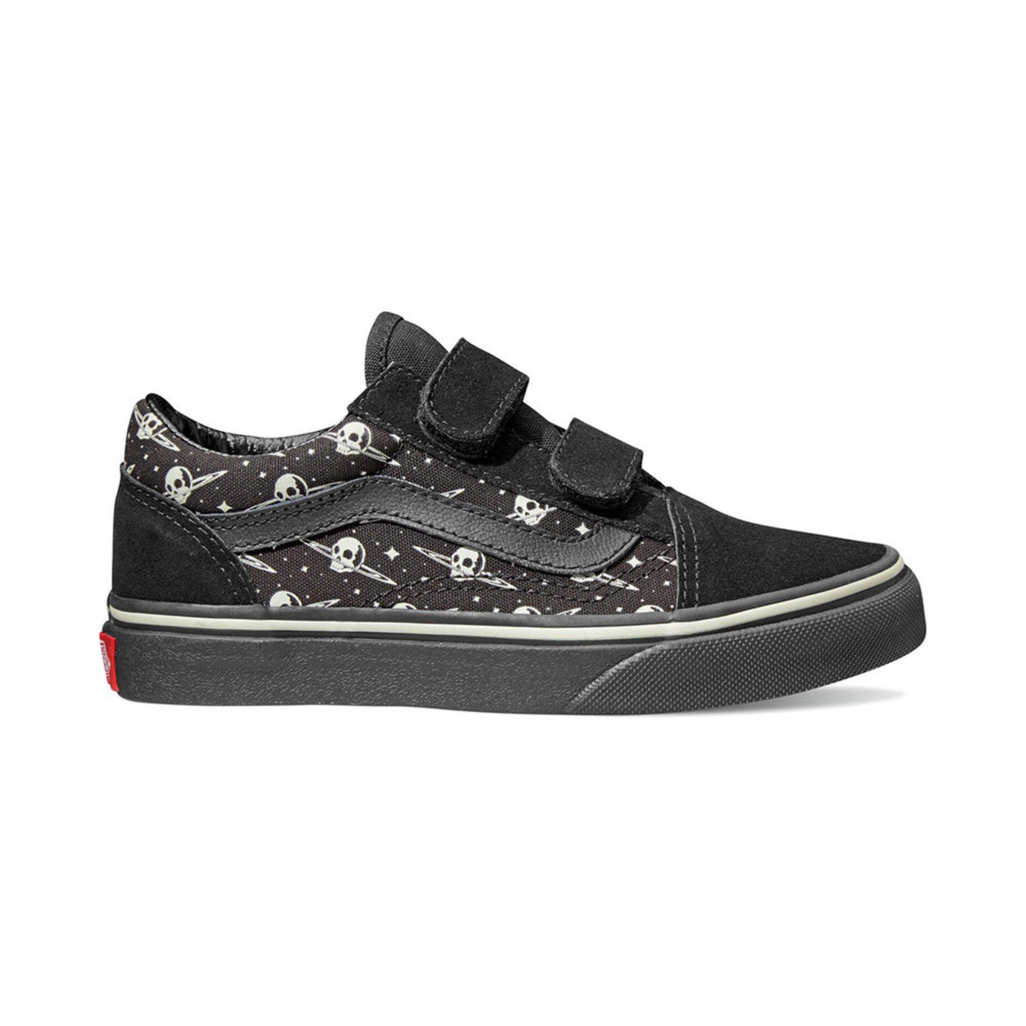 dd84fb472a Vans Boys Old Skool Velcro Skate Shoe (little Kid)