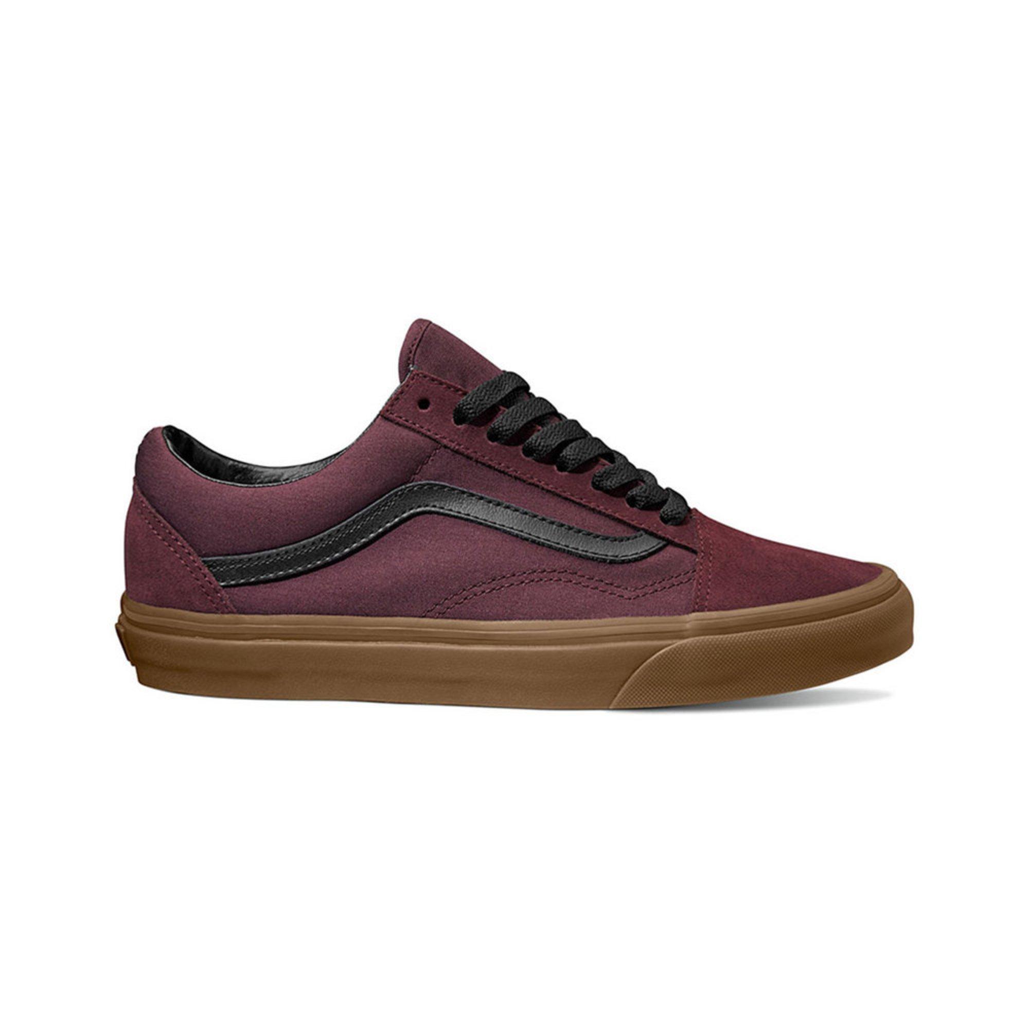 835d0aaf9f17 Vans. Vans Men s Old Skool Skate Shoe