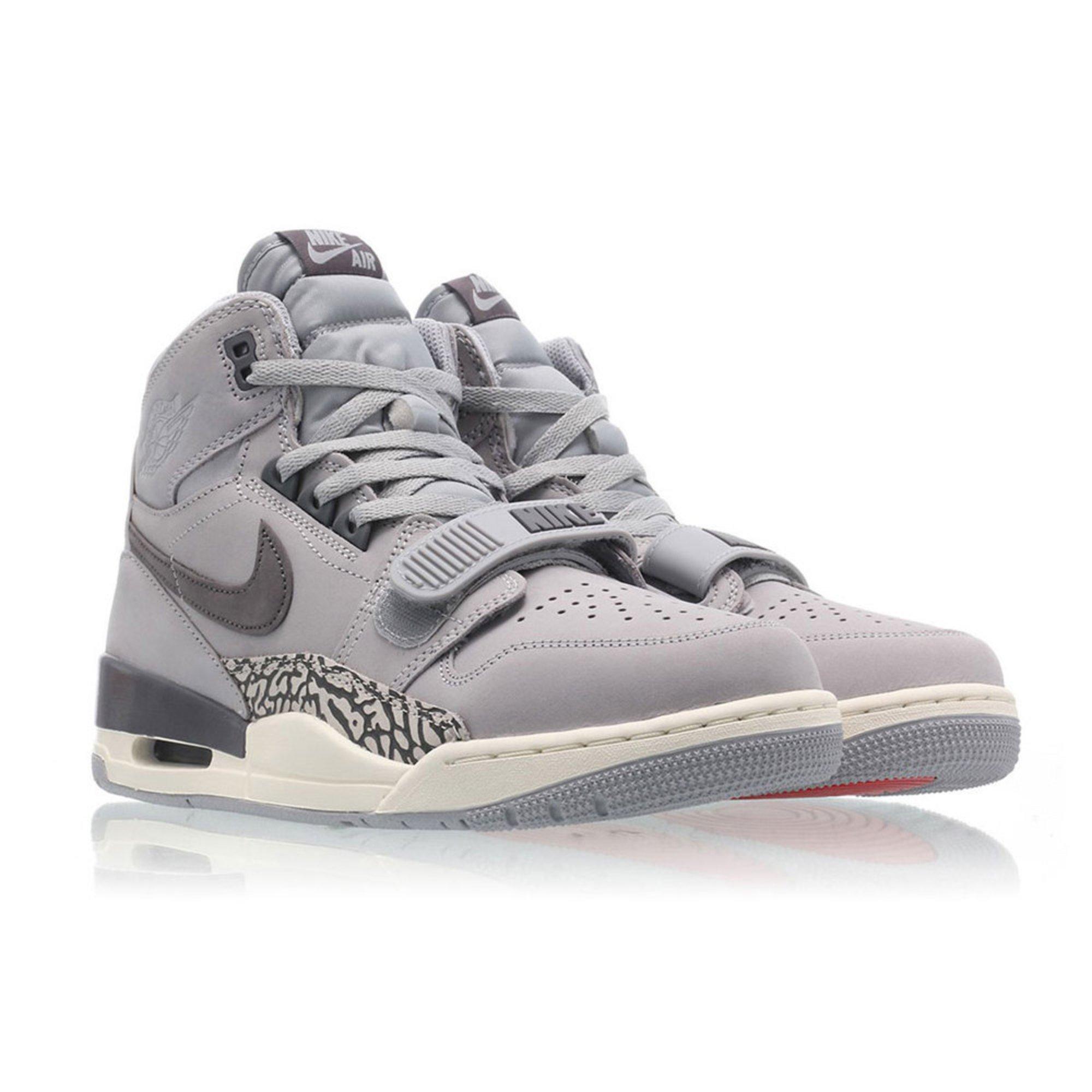 Jordan Air Jordan Men's Legacy 312 Basketball Shoe   Men's ...