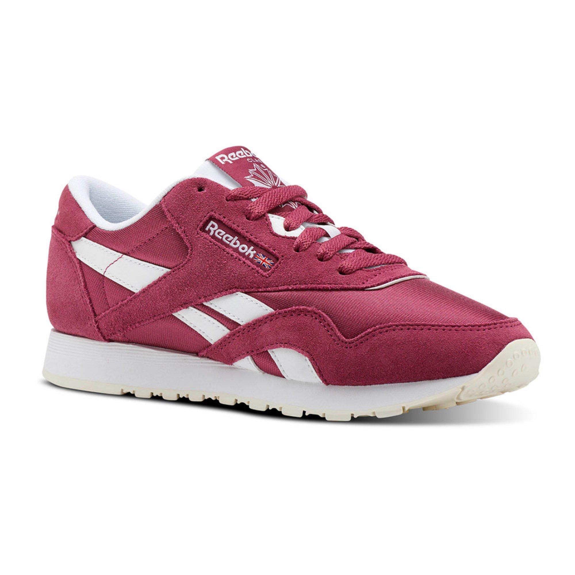 65a2781aa1d3 Reebok Women s Classic Nylon Lifestyle Running Shoe