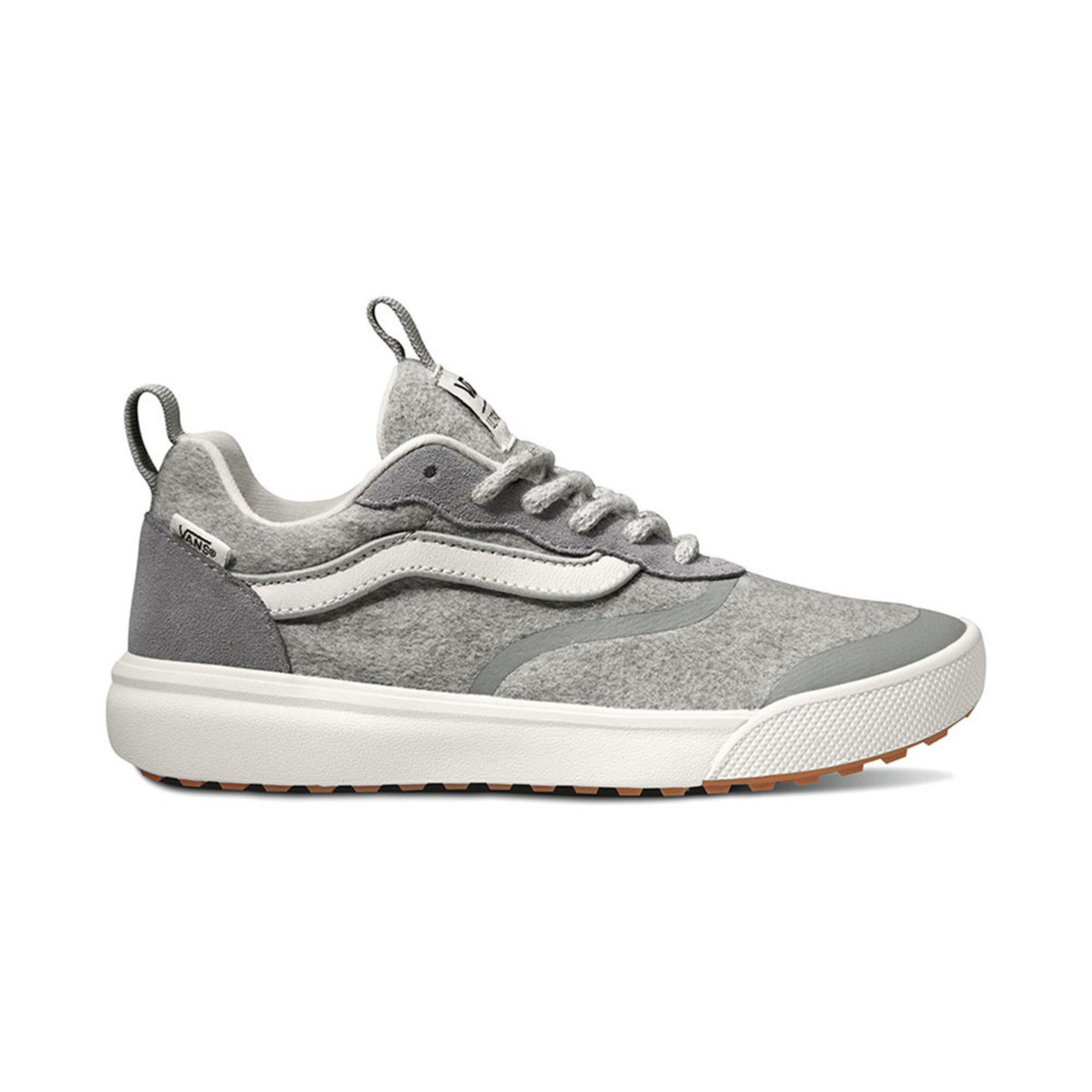 6a9377add226de Vans Unisex Ultrarange Rapidweld Lifestyle Shoe