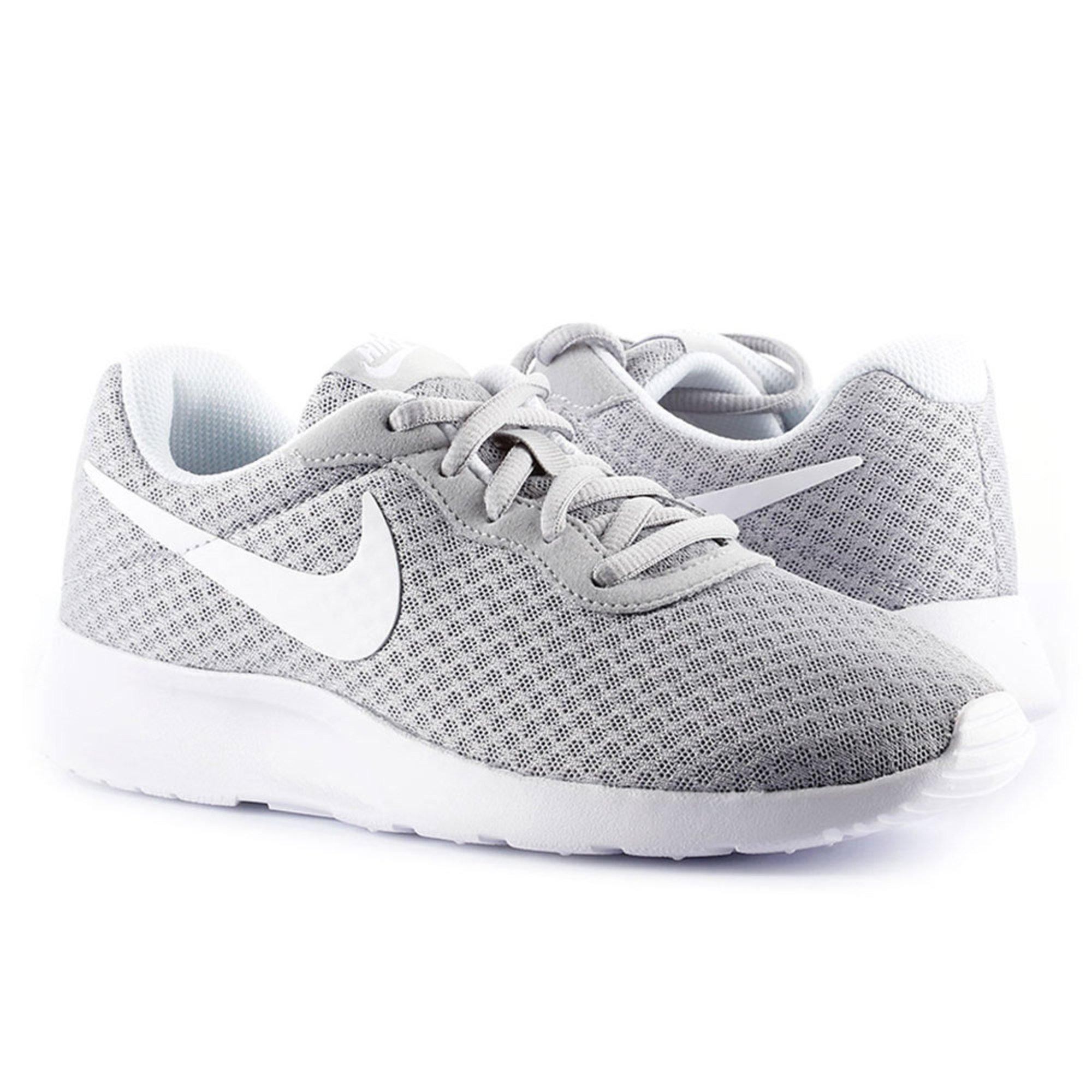d7241931195 Nike. Nike Women s Tanjun Running Shoe